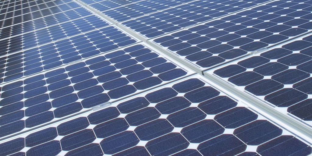 panneaux installation solaire camping-car et fourgon aménagé