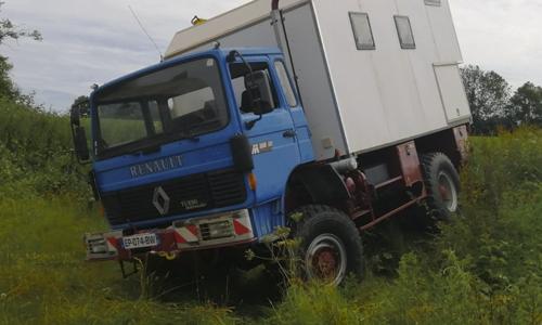 camion 4x4 aménagé stage de pilotage tout terrain off road offroad tour du monde voyage